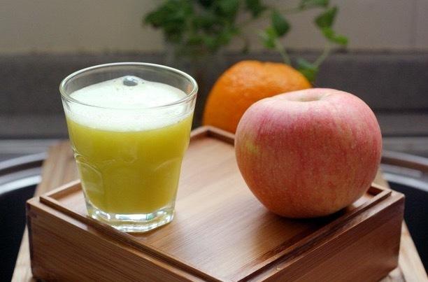 4 loại nước có thể khiến phụ nữ già nua rất nhanh, làm tổn thương collagen gây nên nhiều vấn đề xương khớp - ảnh 3