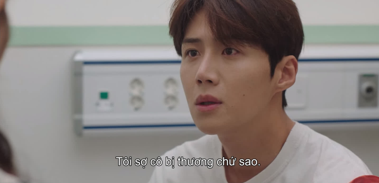 Shin Min Ah vừa tỏ tình, Kim Seon Ho đã đáp lễ bằng nụ hôn ngọt lịm ở Hometown Cha-Cha-Cha tập 10 - Ảnh 2.