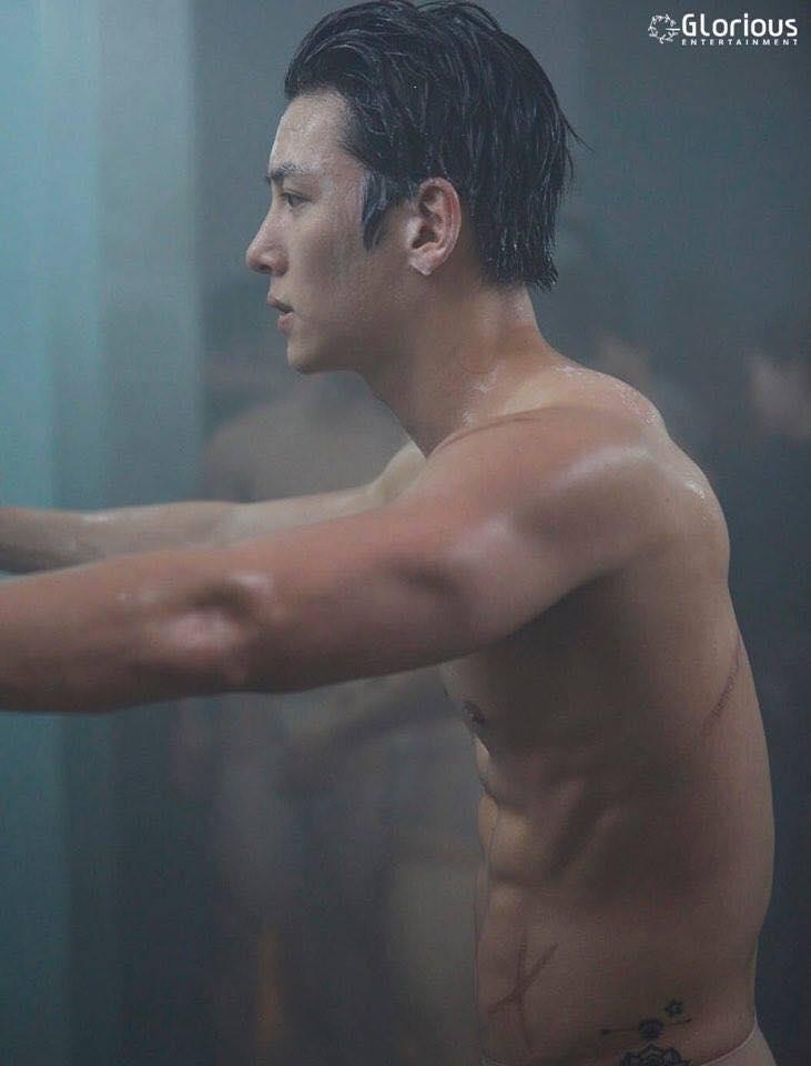 2 phim truyền hình Hàn no gạch đá vì để nam chính nude 100%: Có là Ji Chang Wook thì cũng phạt như thường - Ảnh 2.