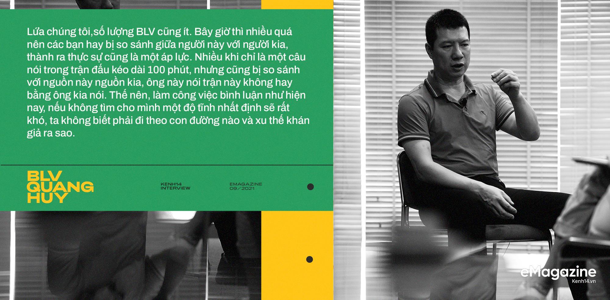 BLV Quang Huy: Tôi không thể nhớ đường nhưng sẽ nhớ tên cầu thủ mới, trận đấu nào quá nhiều cảm xúc tôi sẽ ngủ lại cơ quan - Ảnh 21.