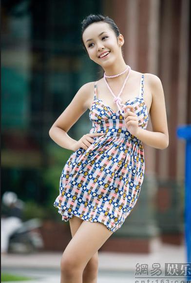 Những sao Việt được truyền thông nước ngoài chú ý 10