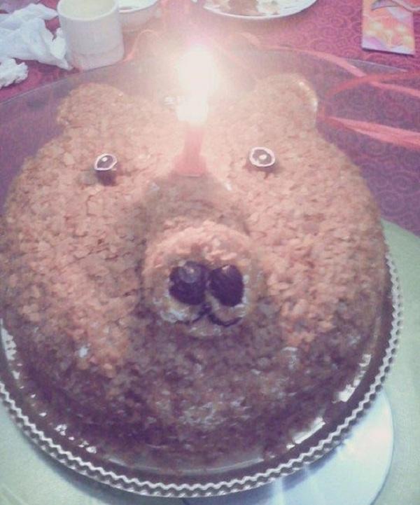Những chiếc bánh sinh nhật... xấu kinh hoàng 4