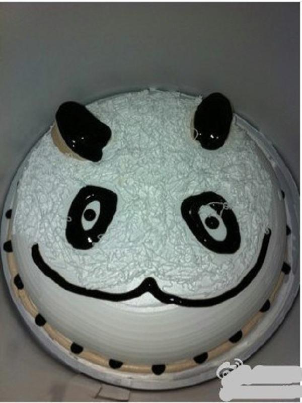 Những chiếc bánh sinh nhật... xấu kinh hoàng 3
