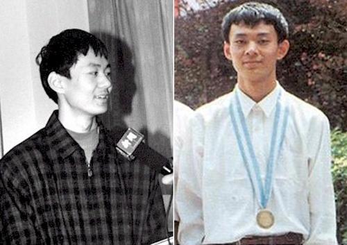 Ngày 5/9/1997 là ngày tôi rời gia đình đi nhập học ở khoa Toán, Đại học Bắc  Kinh. Ngọn khói bếp dài cất lên từ trên nóc ngôi nhà nông dân cũ ...