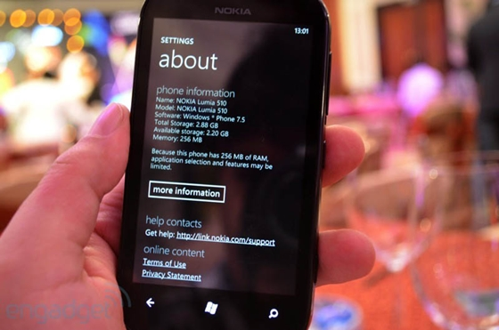 Nokia cho ra mắt sản phẩm Lumia giá rẻ mới 11