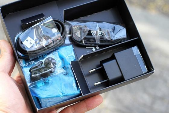 """Trên tay Sony Xperia V - smartphone chống nước """"đỉnh"""" 3"""