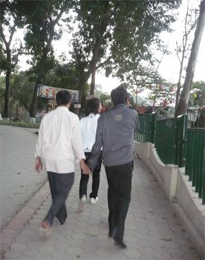 tinh-yeu-dong-gioi-hanh-phuc-va-nuoc-mat