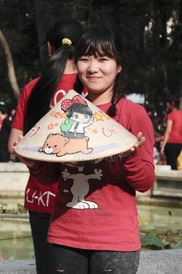 Teen Sài Gòn mặc áo dài nhảy flashmob đón Jae Joong 12
