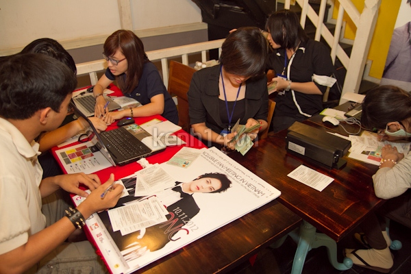 """Fan Việt """"sướng rơn"""" vì đã mua được vé họp fan Jaejoong"""
