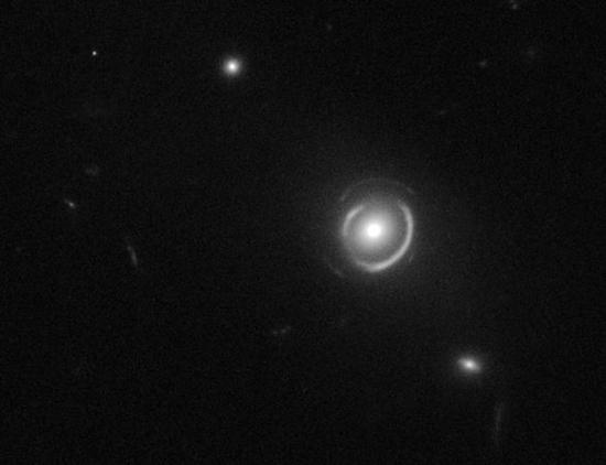 hubblesstrangespiraleinsteinrings25775600x450.jpg