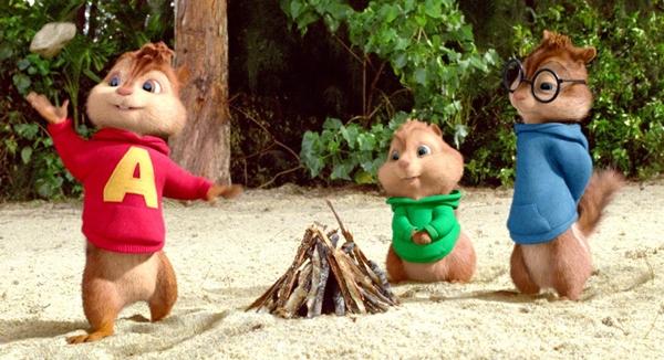 Công bằng mà đánh giá thì Alvin and the Chipmunks 3 có phần hình ảnh đẹp  hơn 2 phần trước. Bối cảnh chính của phim diễn ra trên một hòn đảo hoang ...