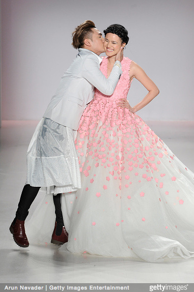 Tuyết Lan làm vedette trong show của Lý Quí Khánh tại New York Fashion Week 2015 2