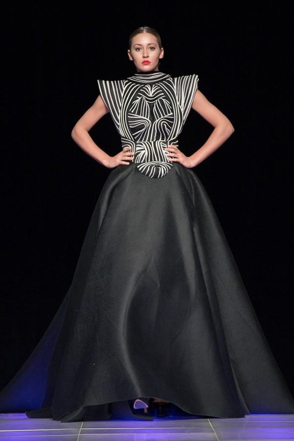 Tuyết Lan làm vedette trong show của Lý Quí Khánh tại New York Fashion Week 2015 35