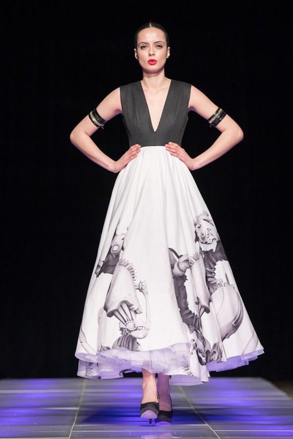 Tuyết Lan làm vedette trong show của Lý Quí Khánh tại New York Fashion Week 2015 37