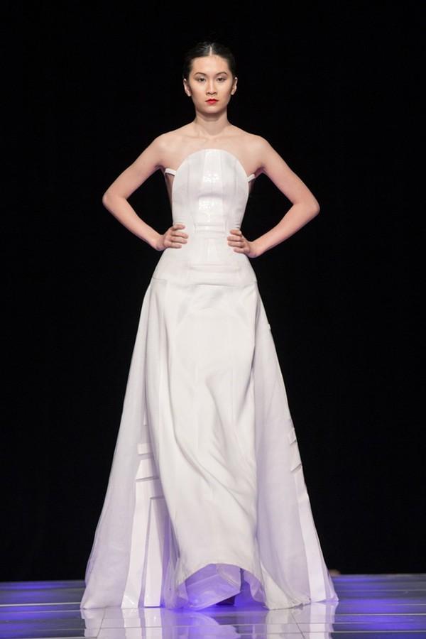 Tuyết Lan làm vedette trong show của Lý Quí Khánh tại New York Fashion Week 2015 38