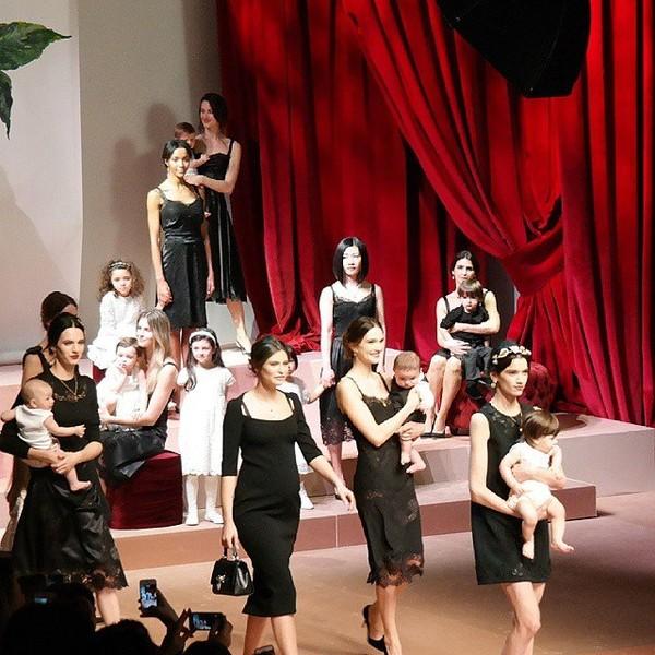 Dolce & Gabbana gây ấn tượng với show diễn toàn em bé 2