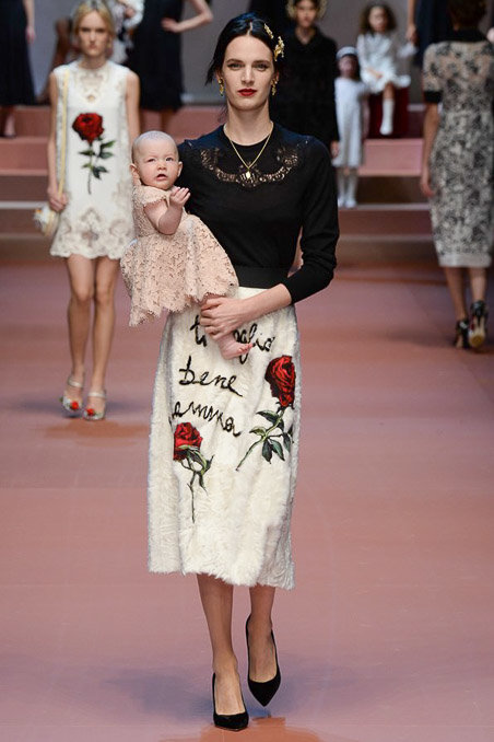 Dolce & Gabbana gây ấn tượng với show diễn toàn em bé 4
