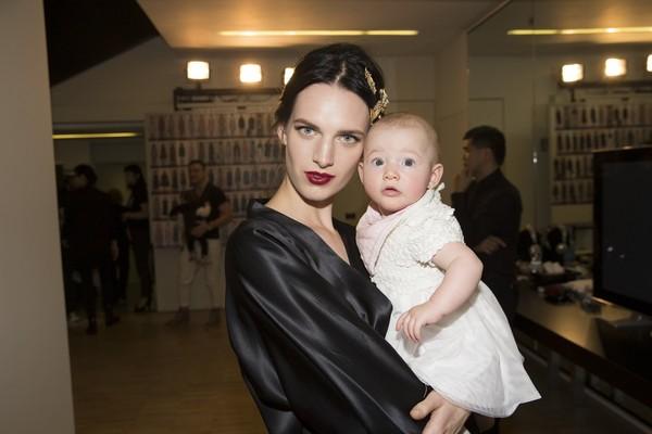Dolce & Gabbana gây ấn tượng với show diễn toàn em bé 9
