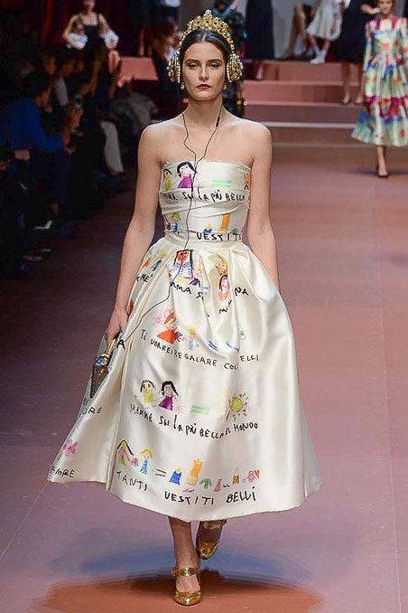 Dolce & Gabbana gây ấn tượng với show diễn toàn em bé 19