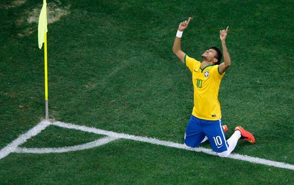 Hãy cùng xem lại khoảnh khắc độc đáo khi các cầu thủ ăn mừng bàn thắng của  mình.
