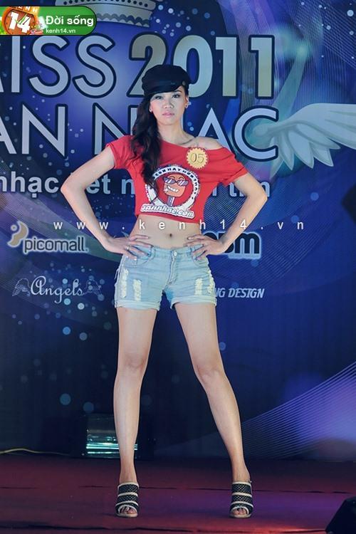 Toả sáng với Miss Sàn Nhạc 2012 3