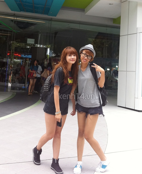 chi-pu-va-cuong-seven-cuc-teen-tai-singapore