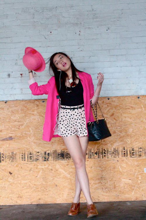 Điểm danh 5 hot girl mặc đẹp nhất năm 2012 11