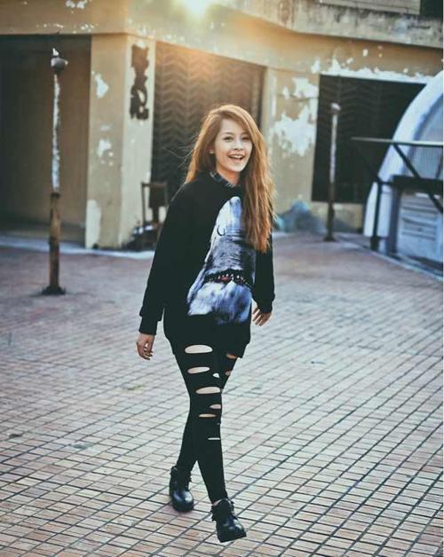Điểm danh 5 hot girl mặc đẹp nhất năm 2012 36