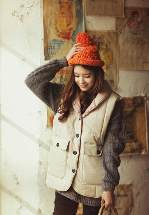 Học cách mix áo phao cực chất cho những ngày lạnh mưa gió 19