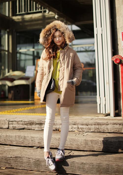 Học cách mix áo phao cực chất cho những ngày lạnh mưa gió 14