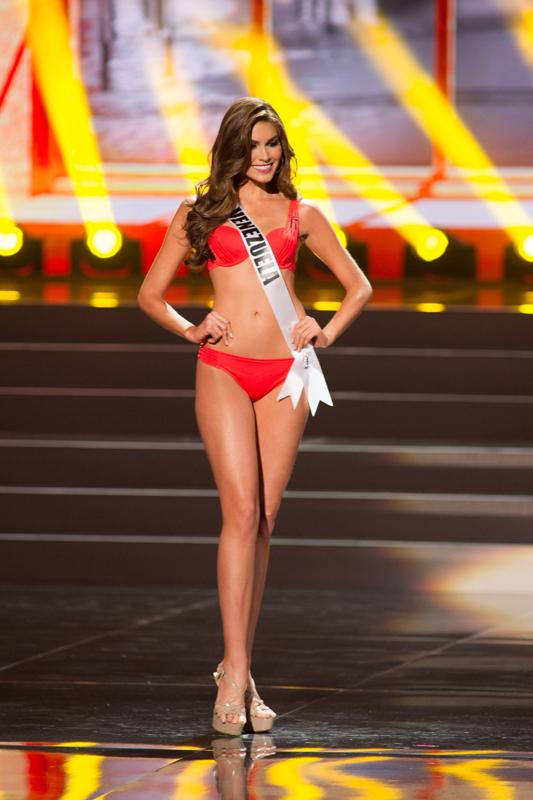 Cận cảnh nhan sắc xinh đẹp của Miss Universe 2013 5