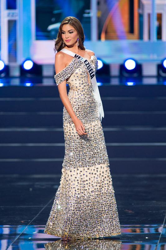 Cận cảnh nhan sắc xinh đẹp của Miss Universe 2013 4