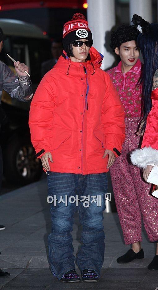 """Super Junior mừng sinh nhật 8 tuổi bằng hình tượng """"khó đỡ"""" 8"""