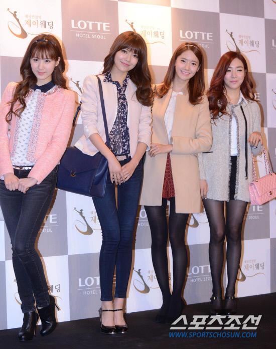Idol Hàn xúng xính dự đám cưới như mơ của Sunye (WGs) 6