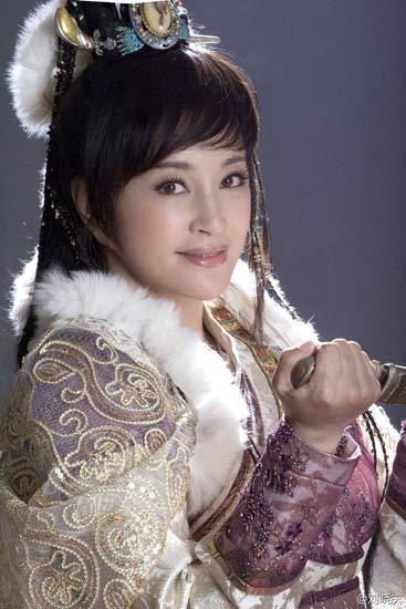 U60 Lưu Hiểu Khánh khoe ảnh hậu trường trẻ đến kinh ngạc 4
