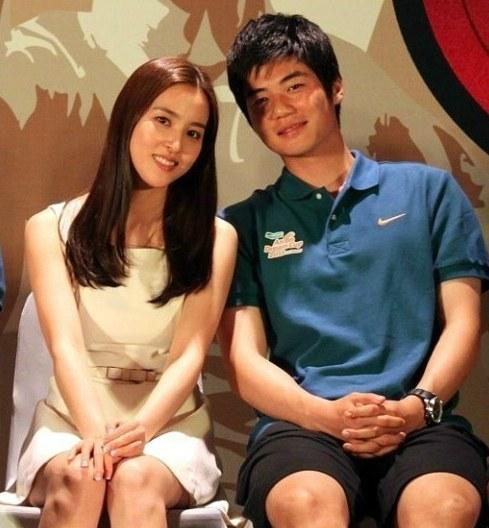 Han Hye Jin tuyên bố kết hôn vào tháng 7 1