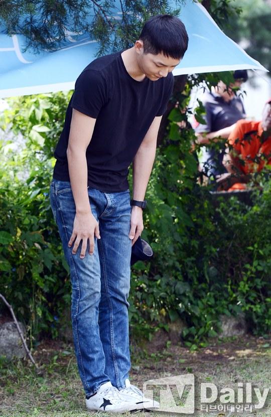 Song Joong Ki vẫn bảnh bao ngày nhập ngũ 8