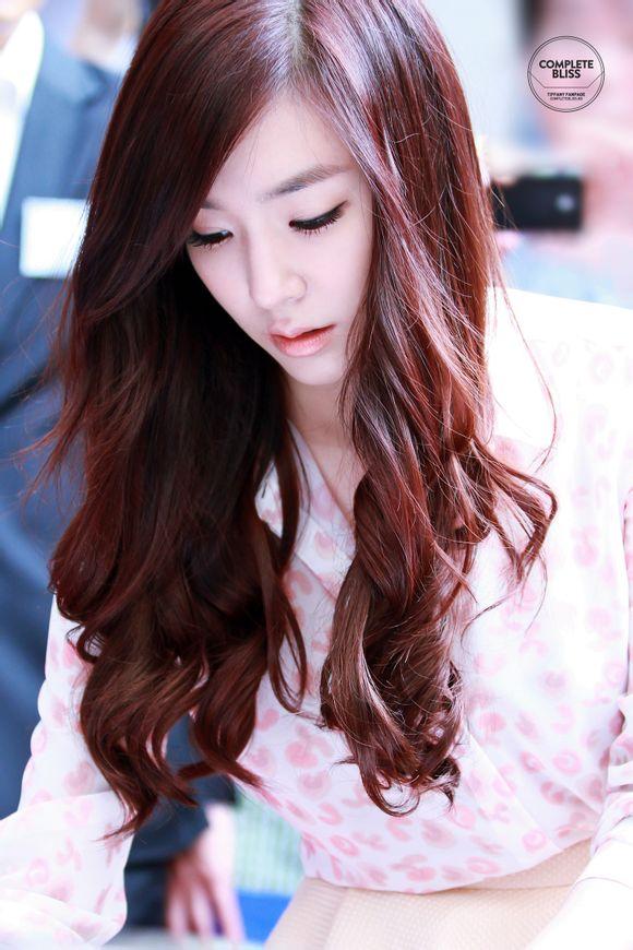 Tiffany (SNSD) khoe sắc rạng rỡ lấn át dàn sao 1