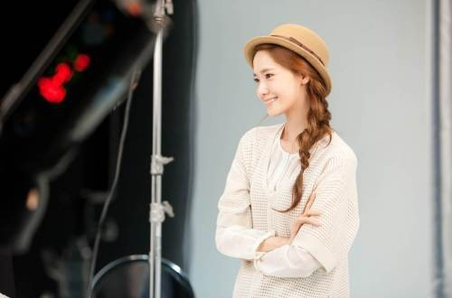 Ảnh hậu trường chưa chỉnh sửa đẹp long lanh của Yoona (SNSD) 5