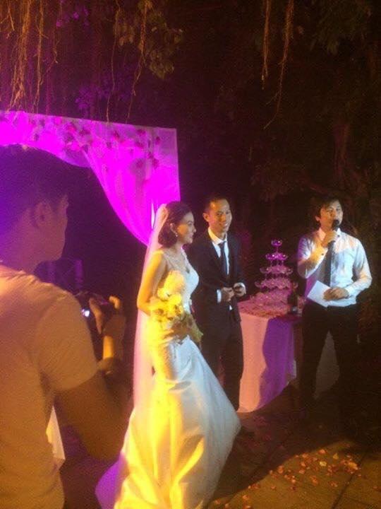 Rò rỉ ảnh Thu Thủy bí mật đám cưới với bạn trai 12 năm 3
