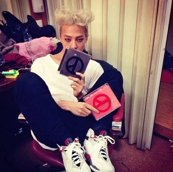 """G-Dragon tiếp tục """"bài ca chiến thắng"""" 1"""