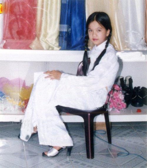 Từ tuổi thơ cơ cực đến cuộc sống giàu có bậc nhất của các mỹ nhân Việt 7