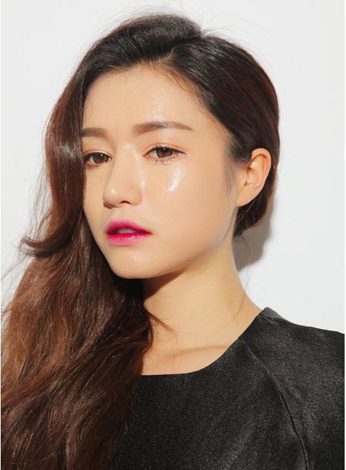 Làm Đẹp Q&A: Chọn kiểu khắc phục tóc mỏng, dầu cho nàng mặt to, trán dô 9