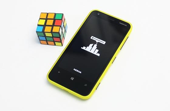 Trên tay Nokia Lumia 620 - Windows Phone 8 giá rẻ 12