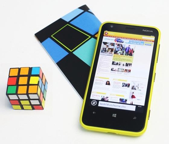 Trên tay Nokia Lumia 620 - Windows Phone 8 giá rẻ 14