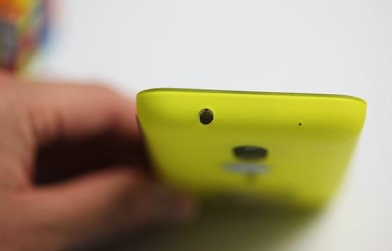 Trên tay Nokia Lumia 620 - Windows Phone 8 giá rẻ 8