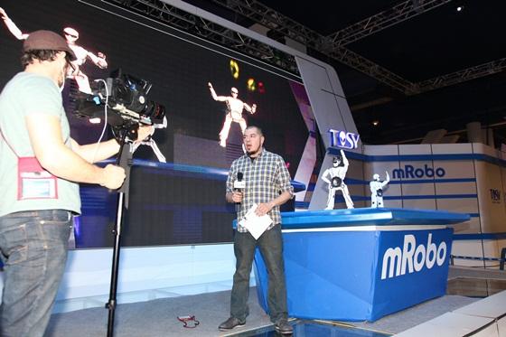 Sản phẩm robot Việt Nam gây sốt tại CES 2013 4