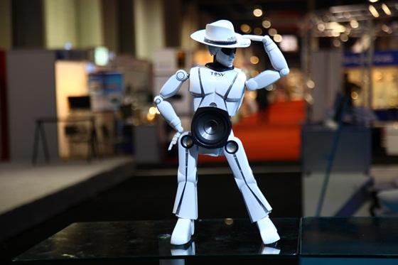 Sản phẩm robot Việt Nam gây sốt tại CES 2013 5