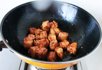 Ngày lạnh làm thịt kho khoai tây ăn với cơm nóng cực ngon 5