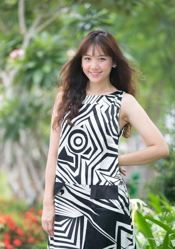 Những cô gái ngoại quốc xinh đẹp nổi đình đám tại Việt Nam 5